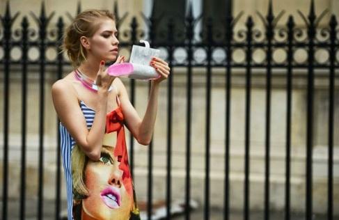 pop-art-prints-streetstyle-front-row-blog