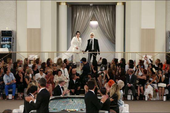 Le-casino-royal-de-Karl-Lagerfeld-pour-Chanel (6)